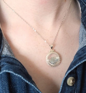 Montana Sapphire Necklace, Loose Locket