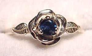 Yogo Sapphire Ring, 3-Prong Sterling Rose