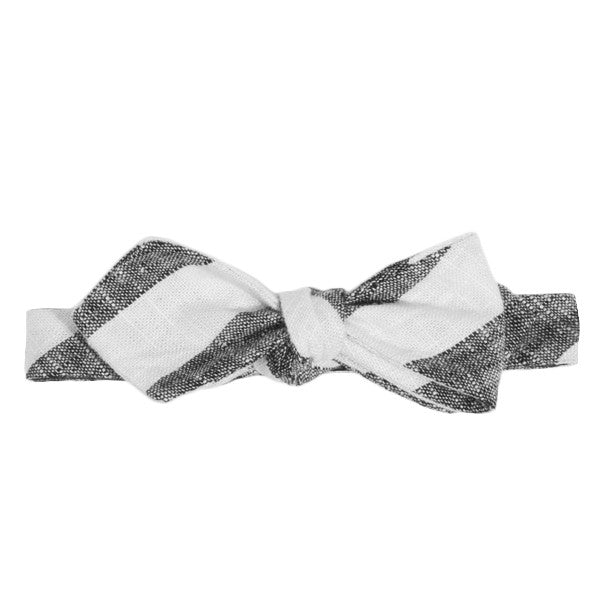 Textured Black Stripes Bow Tie