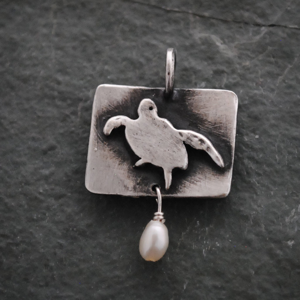 Sterling Silver Sea Turtle Charm With Fresh Water Pearl