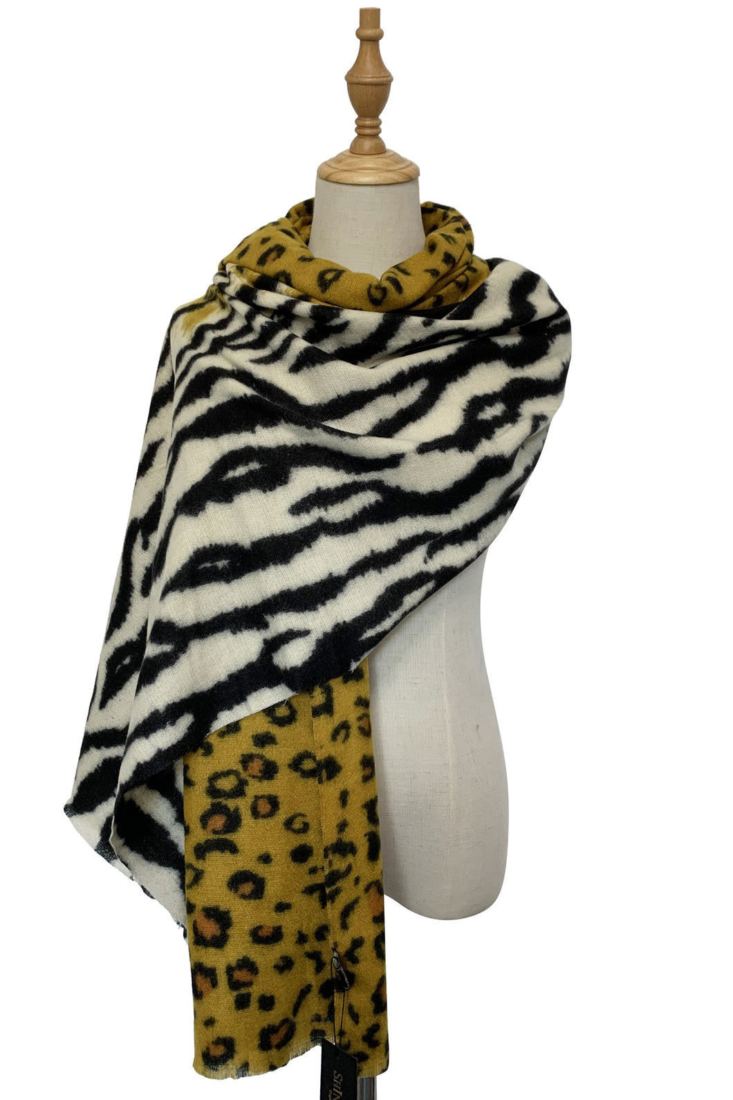 LEOPARD AND ZEBRA PRINT SCARF