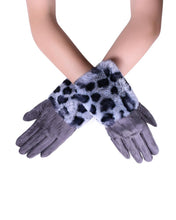 Load image into Gallery viewer, LEOPARD FUR GLOVES GREY IN GIFT BOX