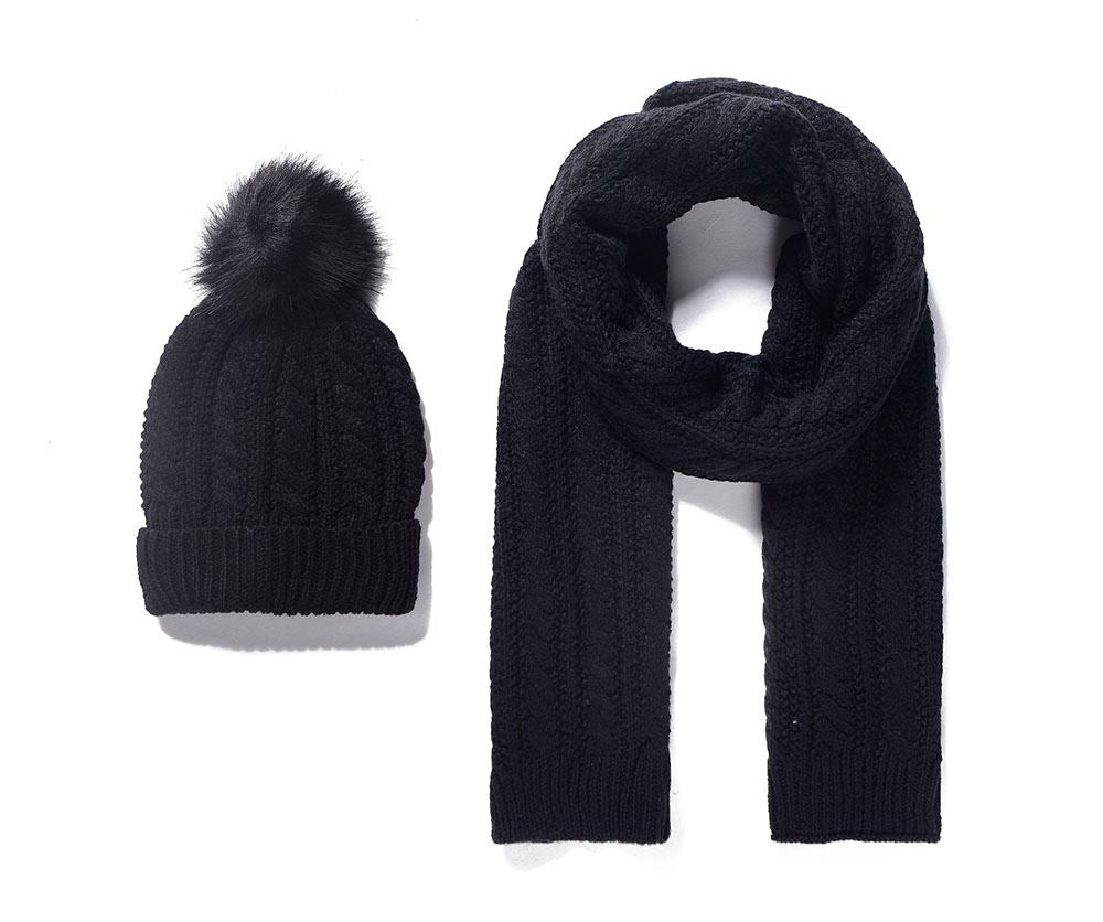 BLACK POM POM HAT AND SCARF SET