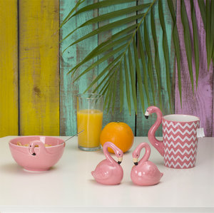 TROPICAL FLAMINGO SALT & PEPPER SHAKER SET