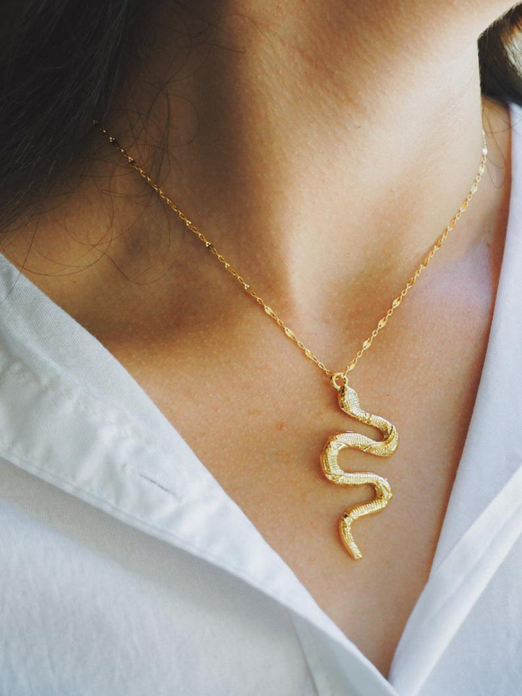 Fashion snake chain geometric alloy Snake Pendant Necklace