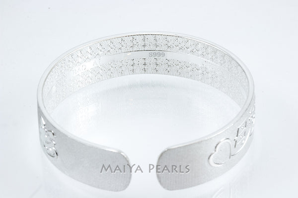 """Mother's Love Forever"" Cuff Bracelet - Pure 999 Solid Sterling Silver Engraved Band"