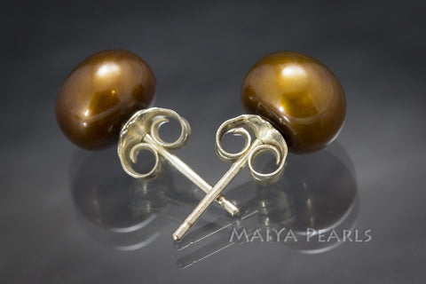 Stud Earrings - Rust-Coloured Button Pearls (orange/brown)