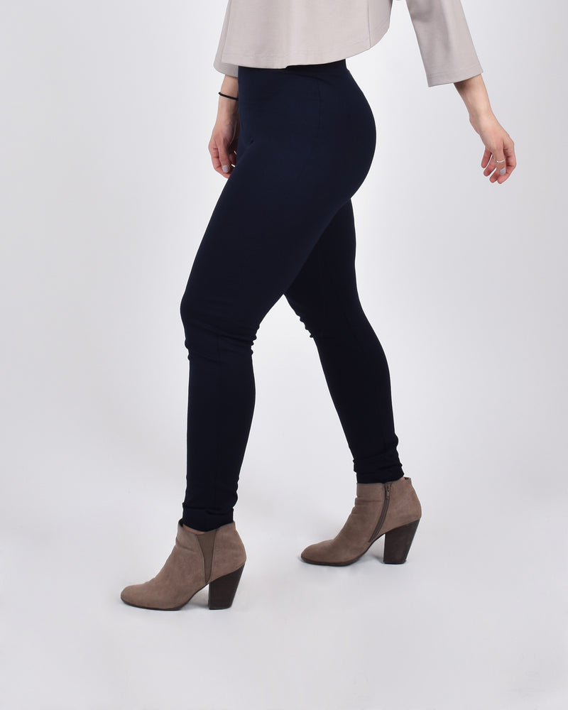 Crane Leggings in Navy - PARIDAEZ