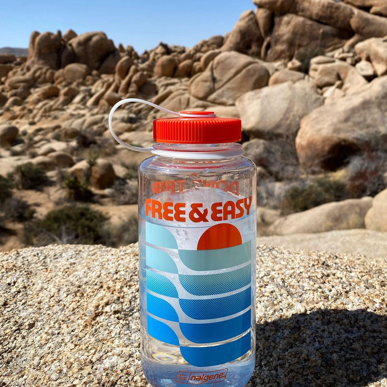 Sunset Waves 32oz Wide Mouth Nalgene