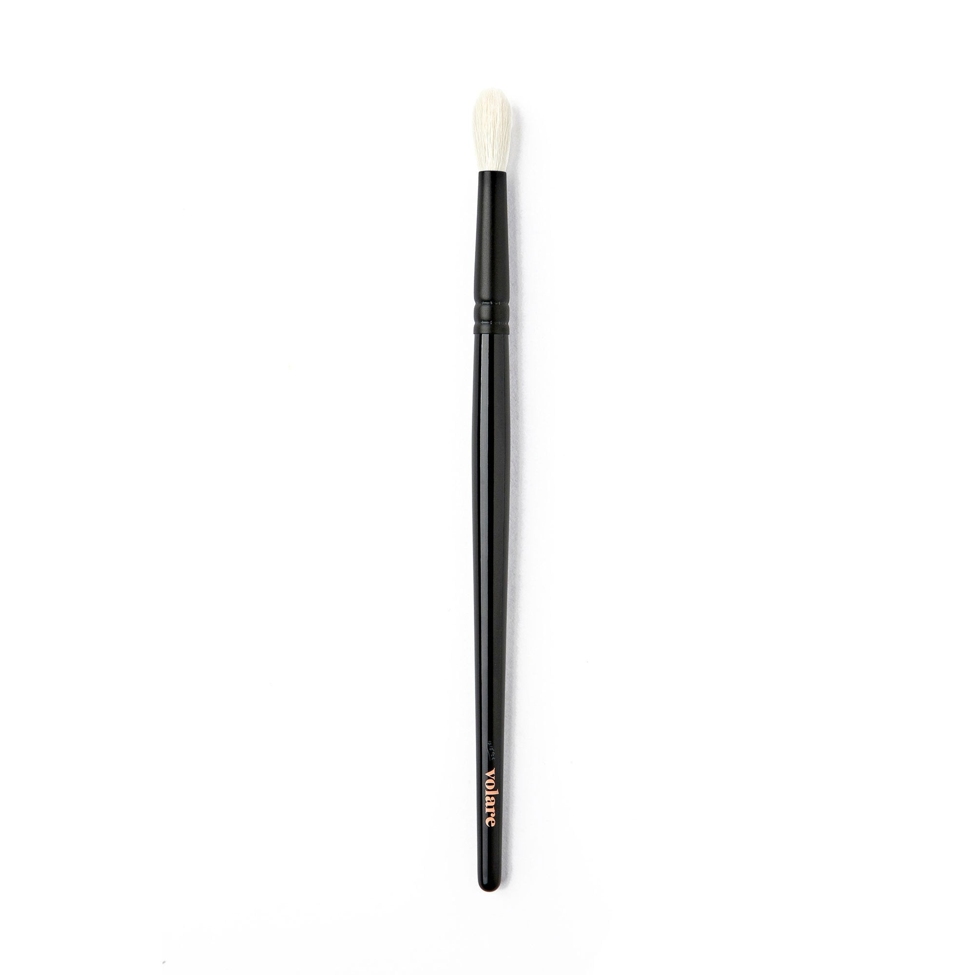 E02 – Fluffy Blending Brush