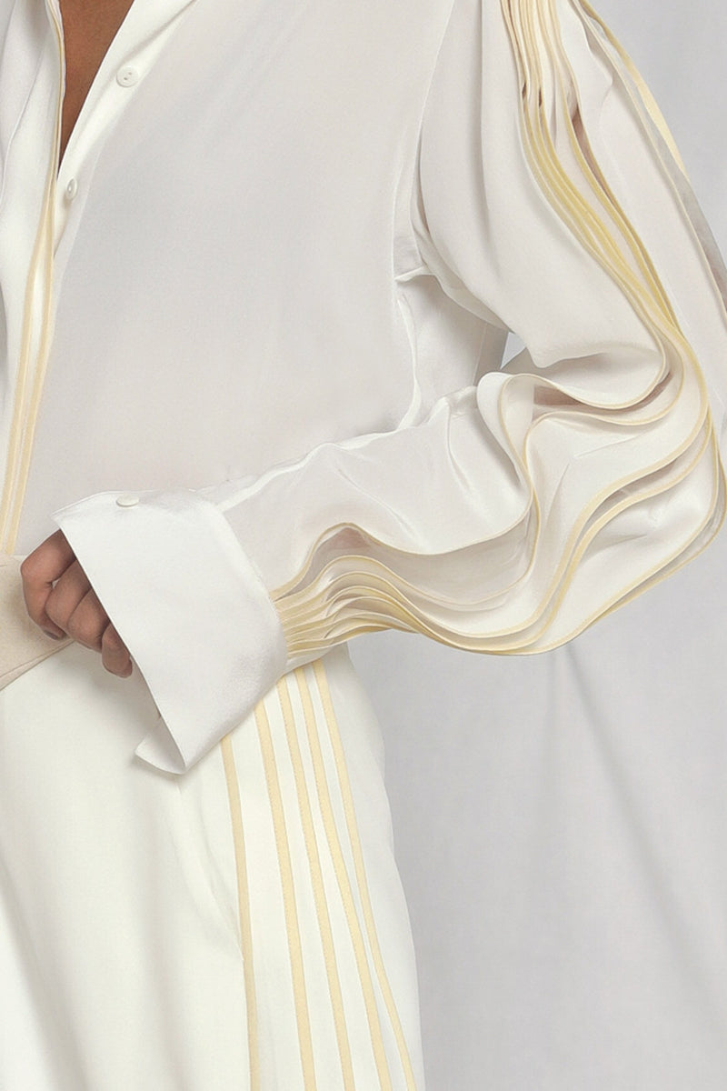Silk shirt with pleated sleeves