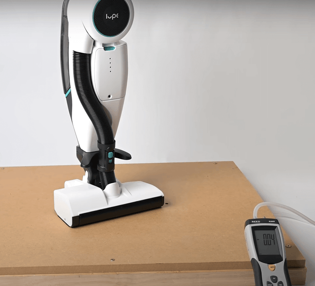 Lupe Pure Cordless vacuum cleaner useful suction test