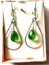 Load image into Gallery viewer, Ethnic Peruvian Green Drop Earrings