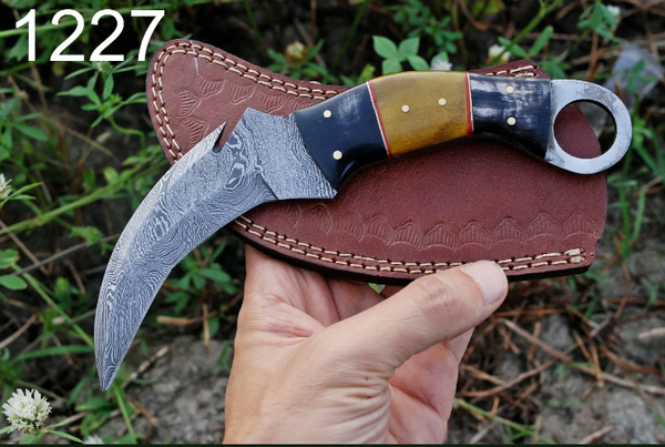 HAND FORGED DAMASCUS STEEL KARAMBIT COMBAT KNIFE WITH HORN & BONE HANDLE AH-1227