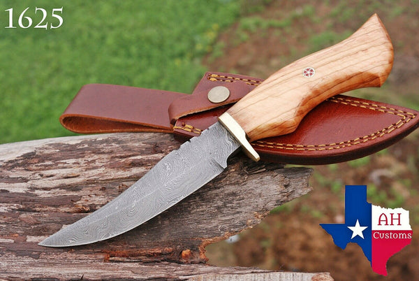 Hand Forged Damascus Steel Hunting Knife With Wood & Brass Guard Handle AH-1625