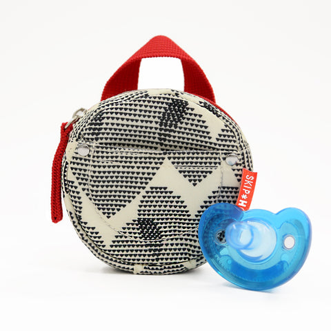 Skip Hop Pacifier Pocket, Hearts