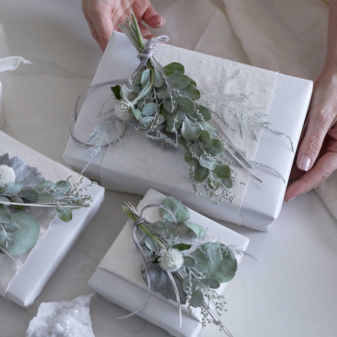 DIY Gift Wrap | A Subdued & Stunning Palette
