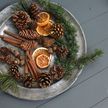 Natural Christmas Wreath & Table Accessories - The Danes