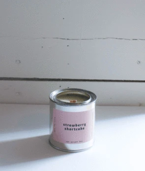 Gift - Mala The Brand Strawberry Shortcake Candle
