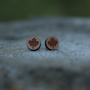 Accessory - Lace Brick Design Maple Leaf Studs