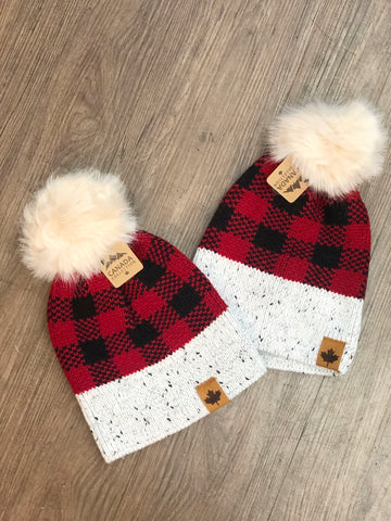 Accessory - Maple Leaf Patch Plaid Toque