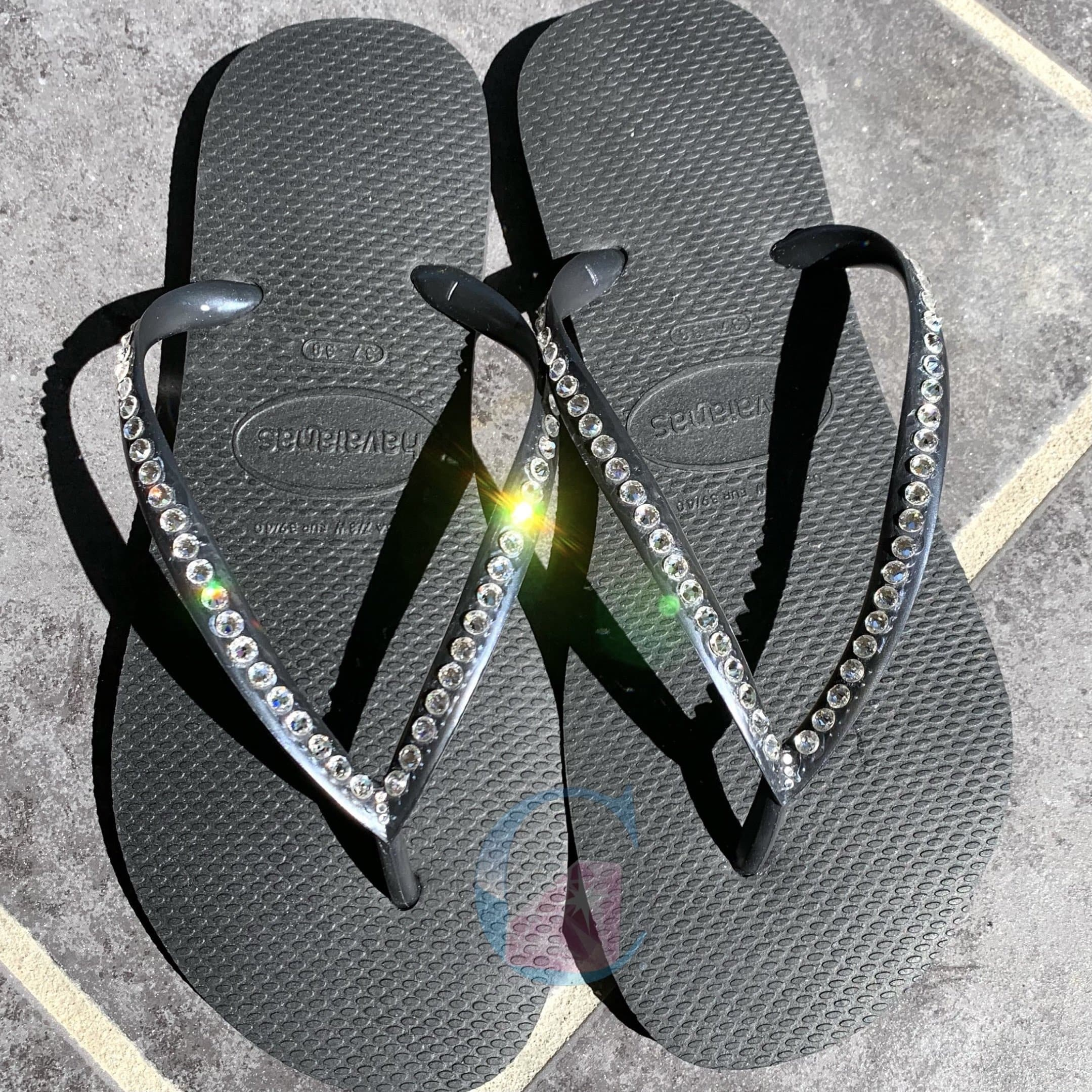 Black Thin Strap Crystal Havaianas - 1 Row * - It's Crystalicious®