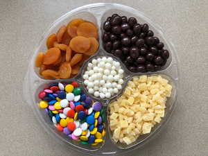 "Purim ""Gansa Megillah"" Round Large Candy and Fruit Tray"