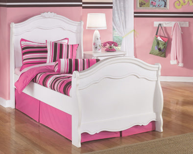 Exquisite - White -  Sleigh Bed