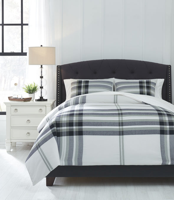 Stayner - Black/Gray - King Comforter Set