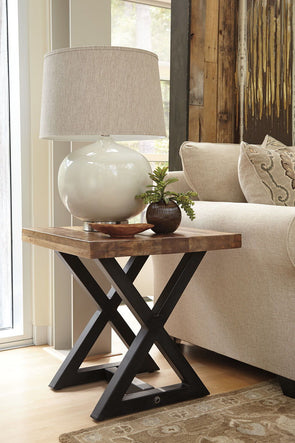 Wesling - Light Brown - Square End Table
