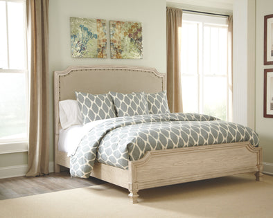 Demarlos - Parchment White -  UPH Panel Bed