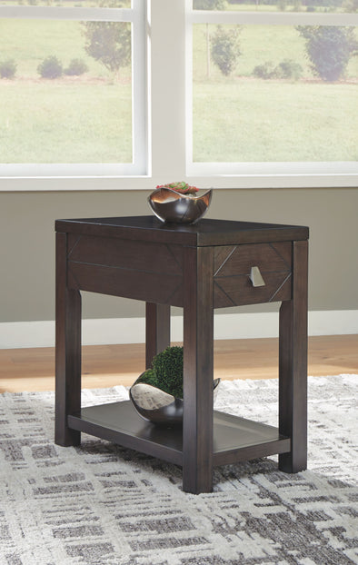 Tariland - Dark Grayish Brown - Chair Side End Table