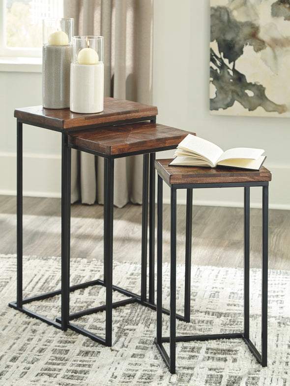 Cainthorne - Brown/Black - Accent Table Set (3/CN)