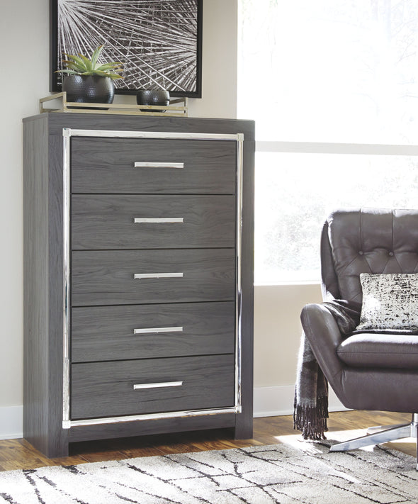 Lodanna - Gray - Five Drawer Chest