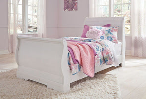 Anarasia - White -  Sleigh Bed