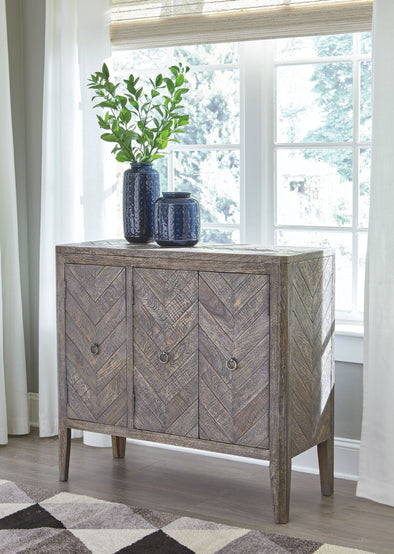 Boyerville - Antique Gray - Accent Cabinet