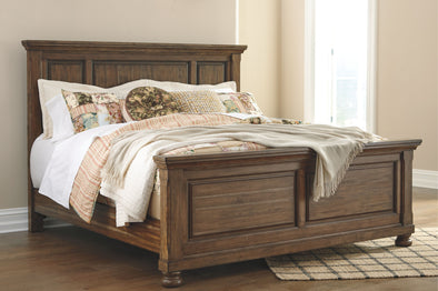 Flynnter - Medium Brown -  Panel Bed