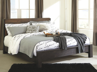 Windlore - Dark Brown -  Panel Bed
