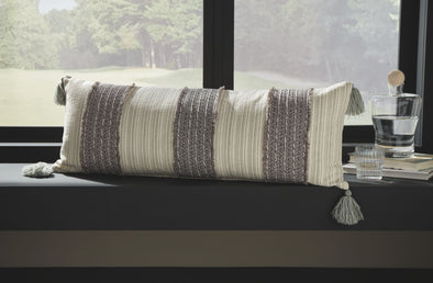 Linwood - Gray/Cream - Pillow (4/CS)