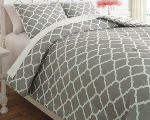 Media - Gray/White -  Comforter Set