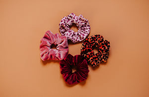 "Scrunchie ""Leo"" / samt - terracotta"
