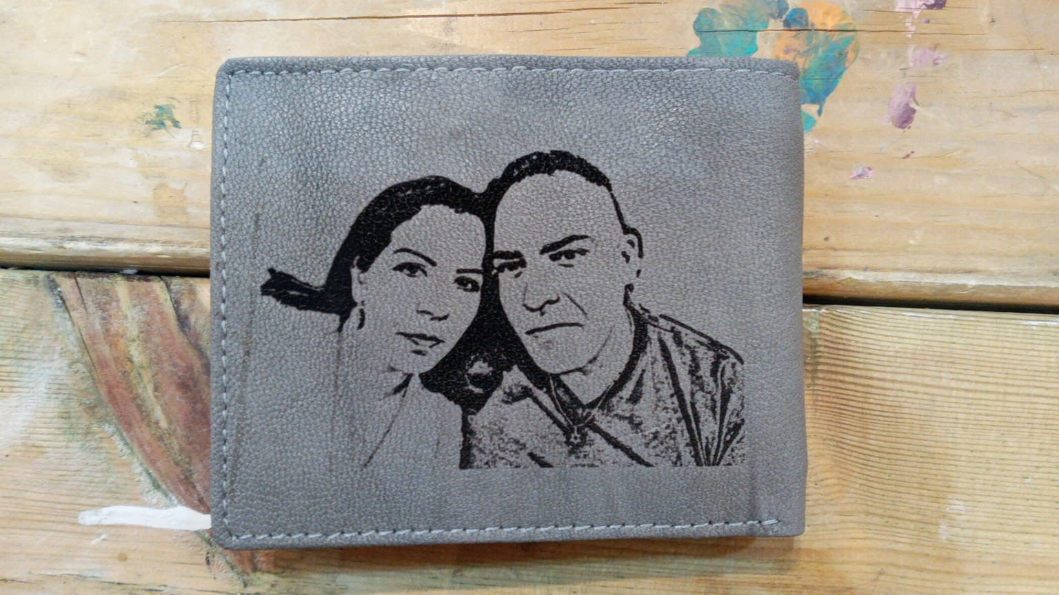 Personalized Light Gray Men's Slim Trifold Leather Wallet Picture On Wallet