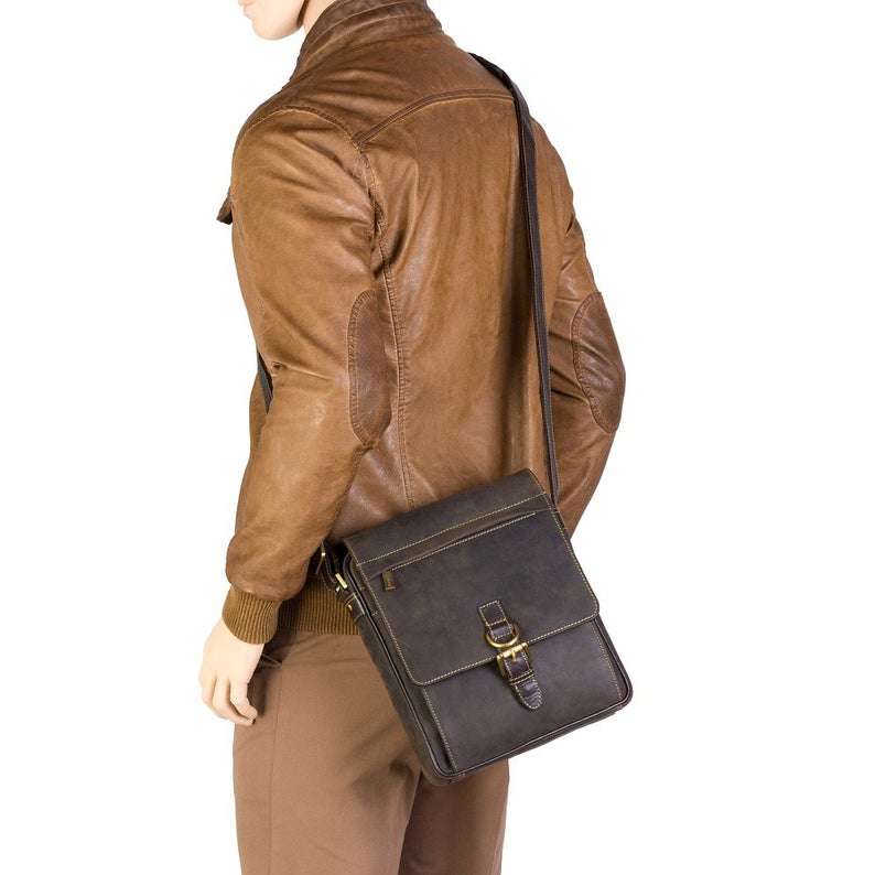 VISCONTI Hunters Leather Messenger Bag - Flapover and Ziptop Bag - Oiled Brown - Brown Leather Bag - Body Bag - Unisex