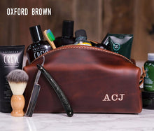 Load image into Gallery viewer, Personalized Groomsmen Gift Dopp Kit Bag Wedding Gift For Him Leather Toiletry Bag Monogram Mens Toiletry Bag Leather Best Man Gift Lifetime - United Split