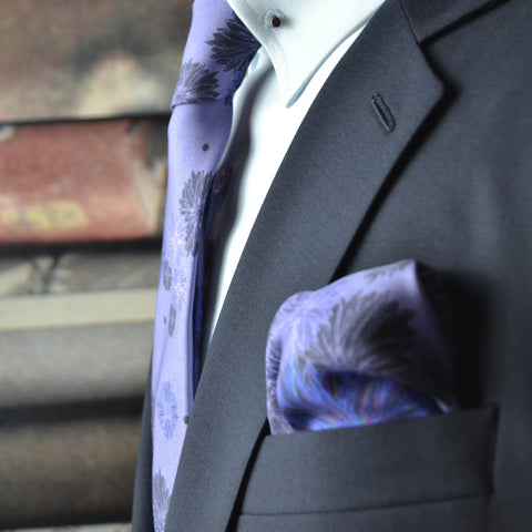 Muted daisy in dusty purple Pocket square