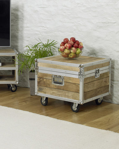Roadie Chic Wooden Coffee Table Trunk