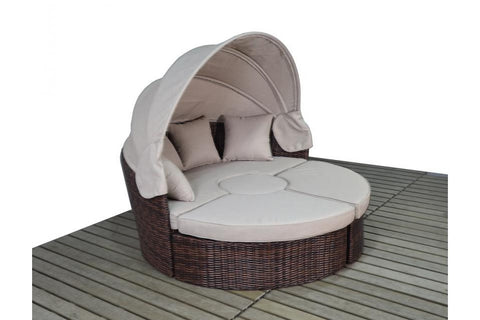 Port Royal Windsor Large Rattan Daybed.