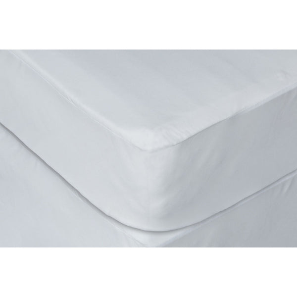 Full White Waterproof Hypoallergenic Polyester Premium Mattress Protector