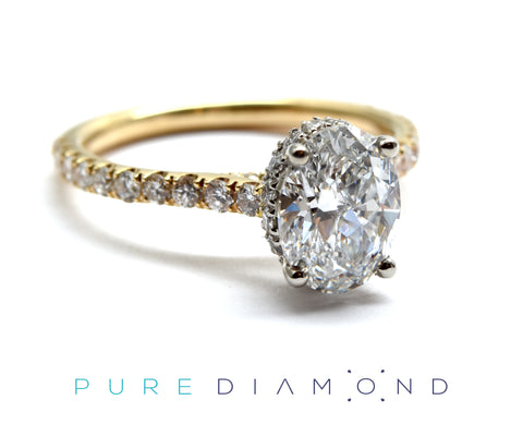 Side Edge Halo Ring & Oval Cut Diamond
