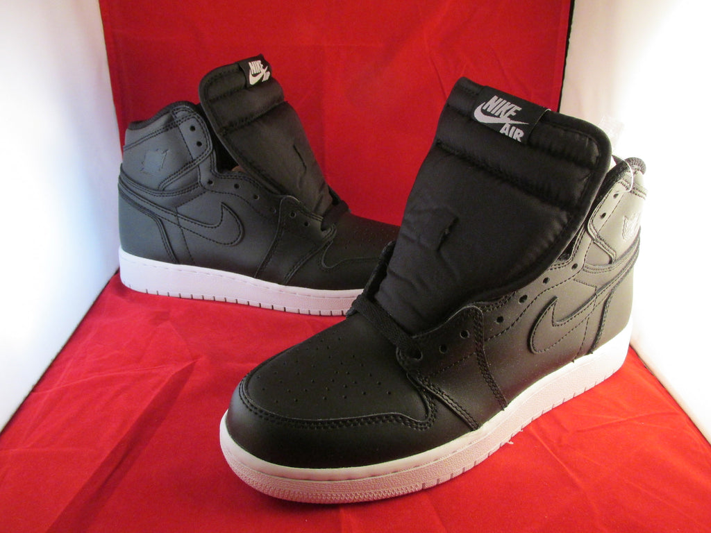 Air Jordan I (1) Retro Hi OG BG Cyber Monday